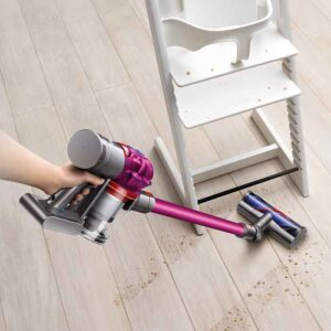 Cleaning-with-Dyson-V7-Motorhead-Cordless-Vacuum